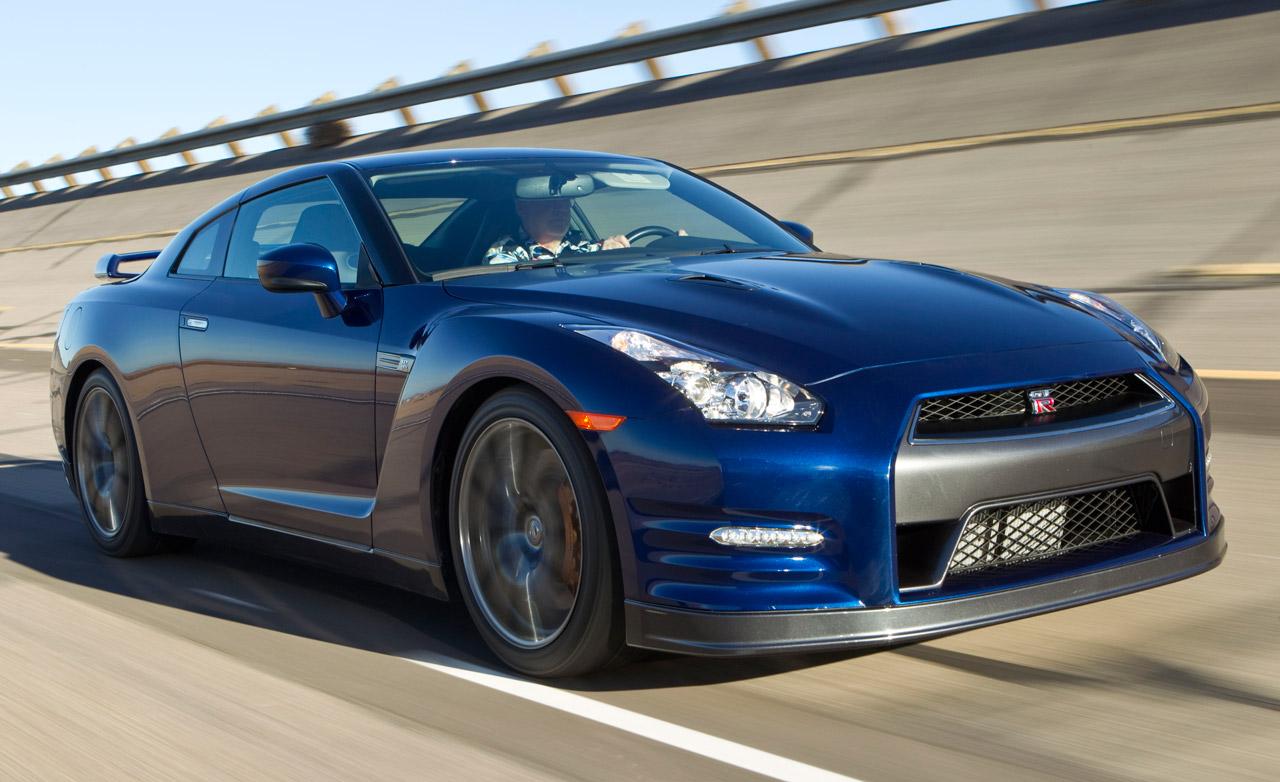 Assim Como Todos Nós Sabemos O Nissan Skyline Foi Famoso Para A Execução De  Veículos Muito Mais Poderosos Para O Chão E Também Tem Ido Tinha Em Que  Teve Com ...
